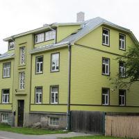 Kortermaja rekonstruktsioon Saue tänaval